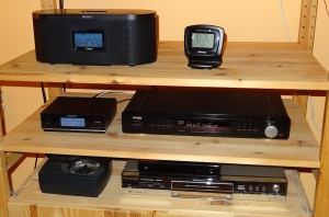 The Sony XDR-S10HDiP radio, seen on the top left, is a new addition to my DX shack.